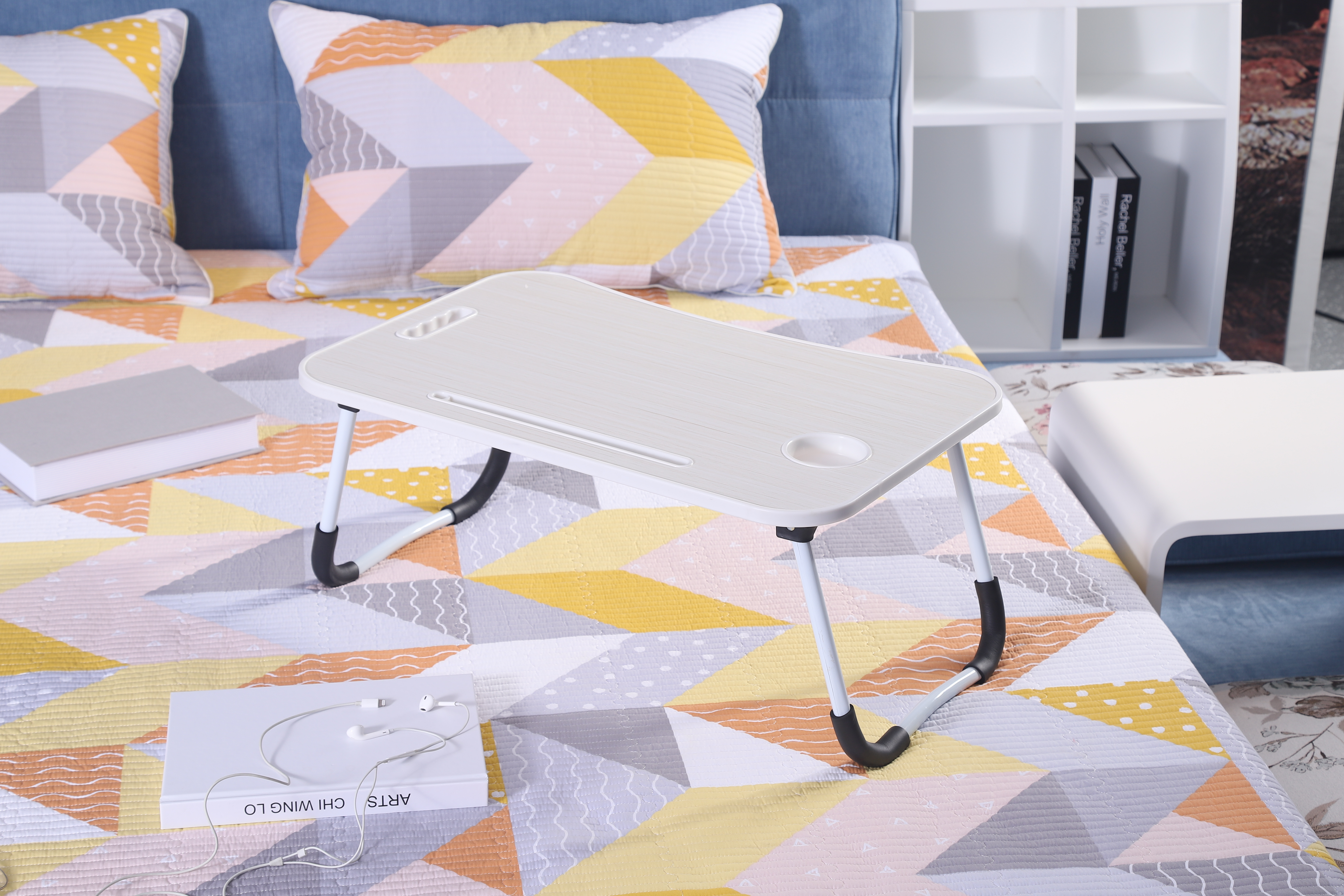 Portable MDF laptop table wood foldable computer desk on bed